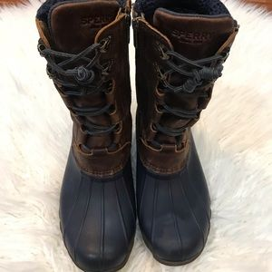 Sperry Snow Boots Size 8